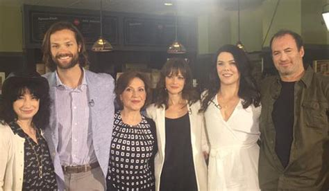 'Gilmore Girls' Cast Reunites Eight Years Later! (Photos