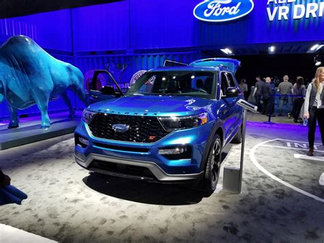 2020 Ford Explorer ST Has 400 HP, Wants To Be Taken
